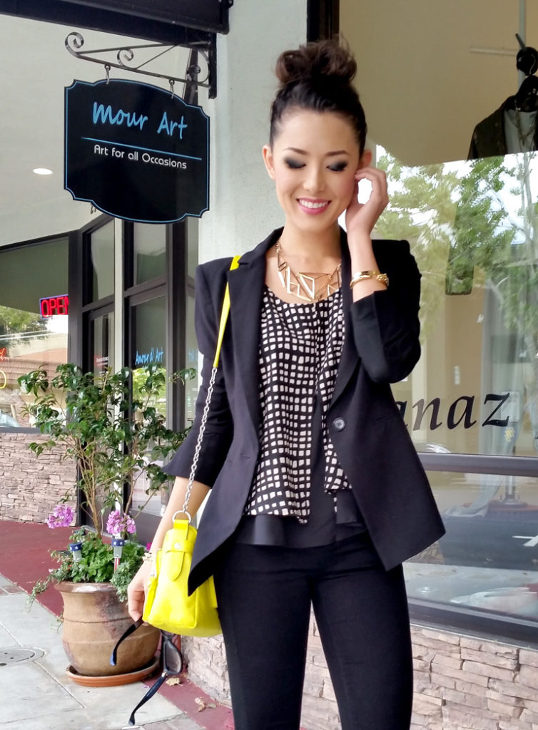 Jessica R. Is Wearing Blazer From BCBG, Top From Vinnue, Jeans From TopShop And Bag From Forever21