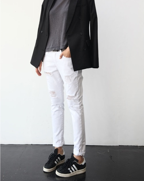 Black And White Adidas, White Jeans, Grey Shirt And Blue Blazer Via Style Nanda