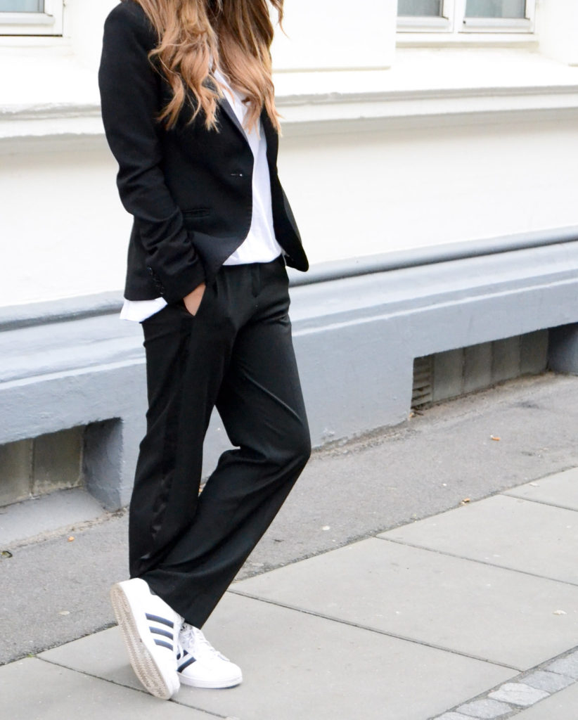 Stone Muse All In Black And White, Blazer From Vero Moda, White Tee, Trousers From H&M And Adidas Sneakers