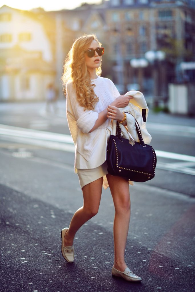Kayture Is Wearing All White, Shoes From Gucci, Knit Jumper From Paper Denim & Cloth And Valntino Bag