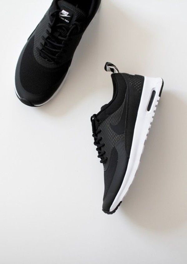 Nike Air Max In Thea Black Unknown Photographer