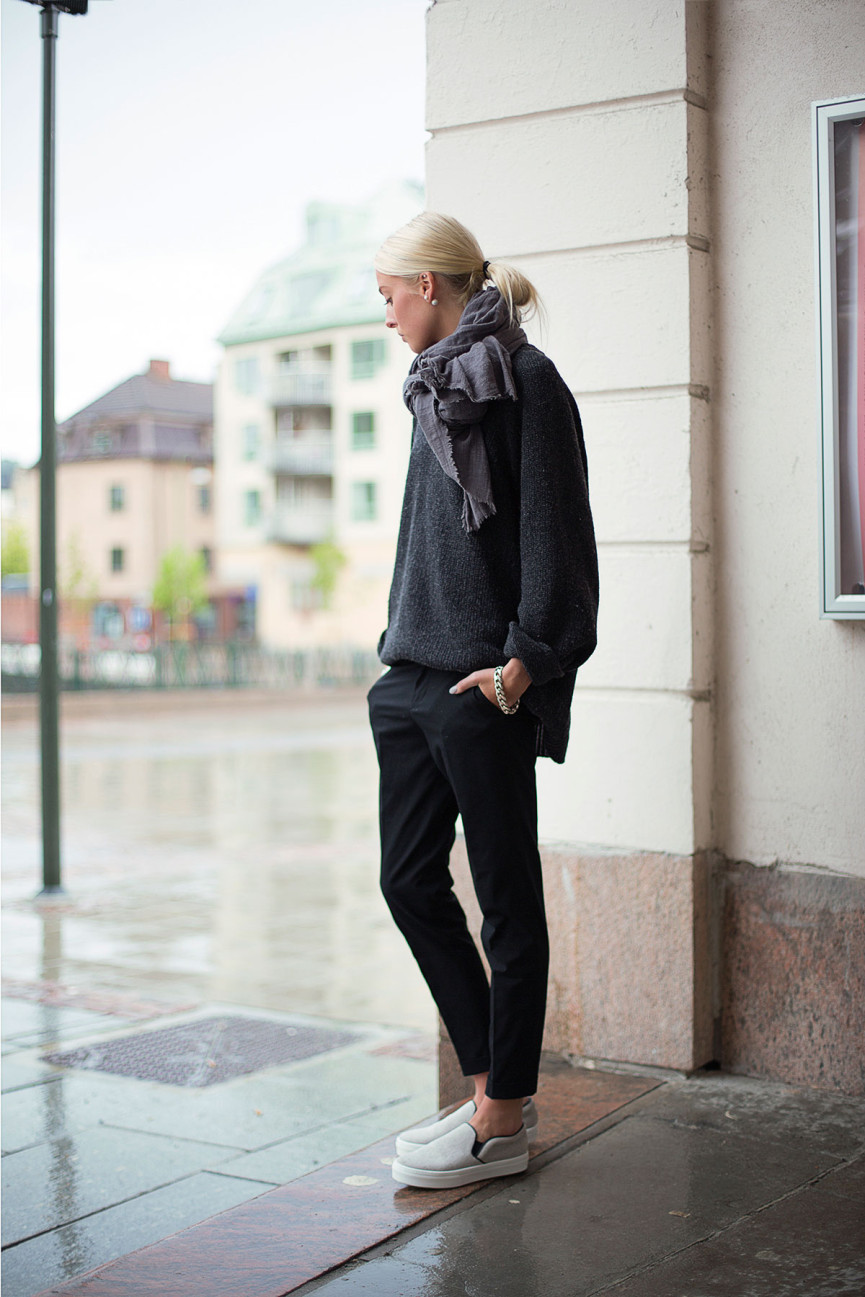 Ellen Claesson Is Wearing Oversized Knit Top From Our Legacy, Pants From Zara And Shoes From Celine