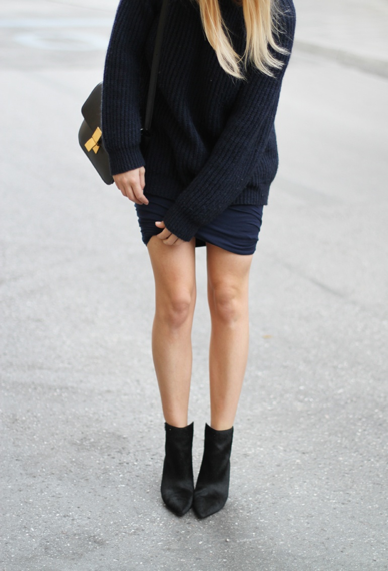 Mija Is Wearing Navy Blue Fisherman Knit Jumper And Pony Hair Boots By Zara And Twist Skirt From T By Alexander Wang