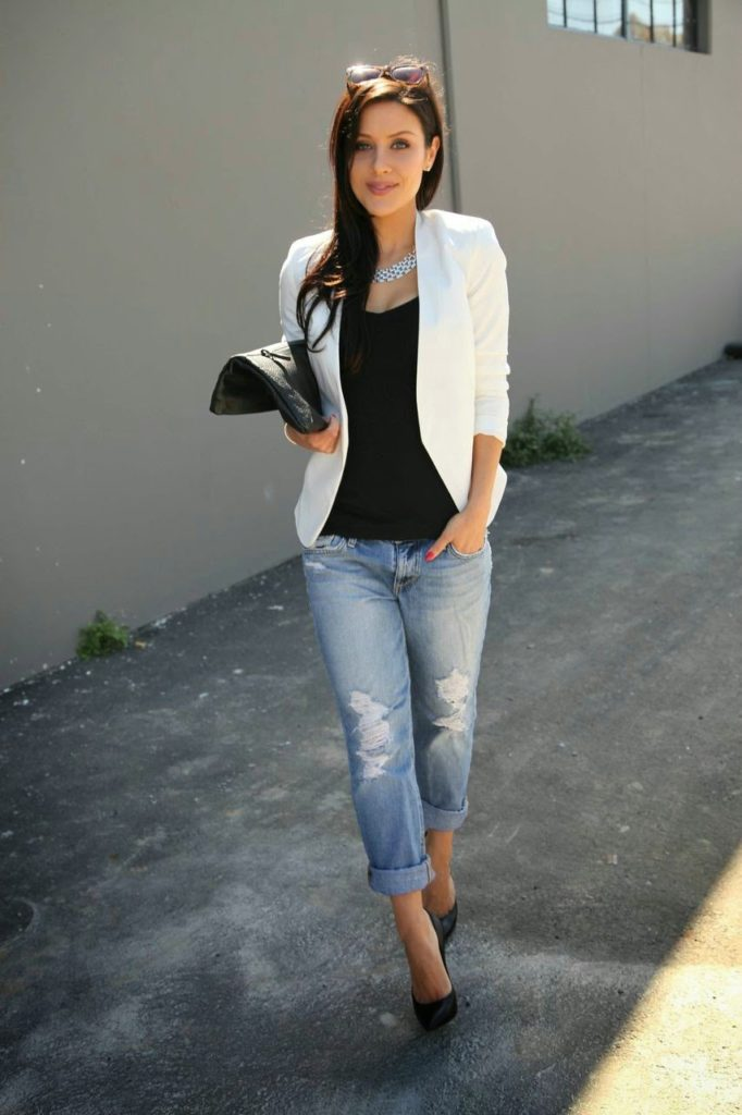 Andee Layne Wearing Blazer From Topshop, Tank Top From Susana Monaco, Joes Distressed Boyfriend Jeans And Casadei Blade Shoes