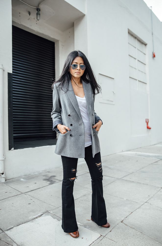 Why not try combining the flared jeans and distressed jeans trend like Sheryl Luke! This black pair look authentic and cool worn with an oversized blazer and a simple V neck tee. Tee: L'Agence, Blazer: Tommy Hilfiger, Jeans: Asos.
