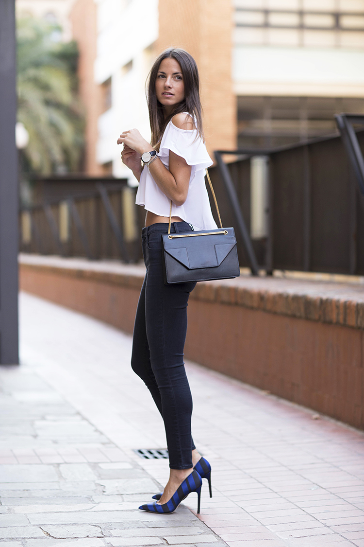 e27f2b03eb Zina Charkoplia is wearing a bag from Saint Laurent