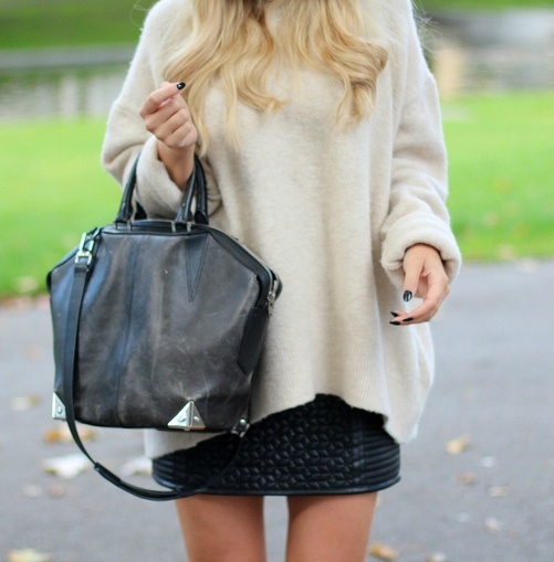 Lene Orvik is wearing a bag from Alexander Wang, top from Zara and the skirt is from BikBok