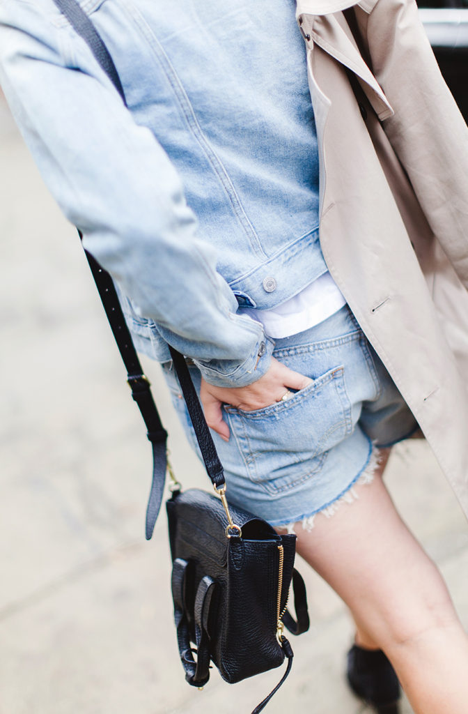Carrie Harwood is wearing a denim shorts in autumn