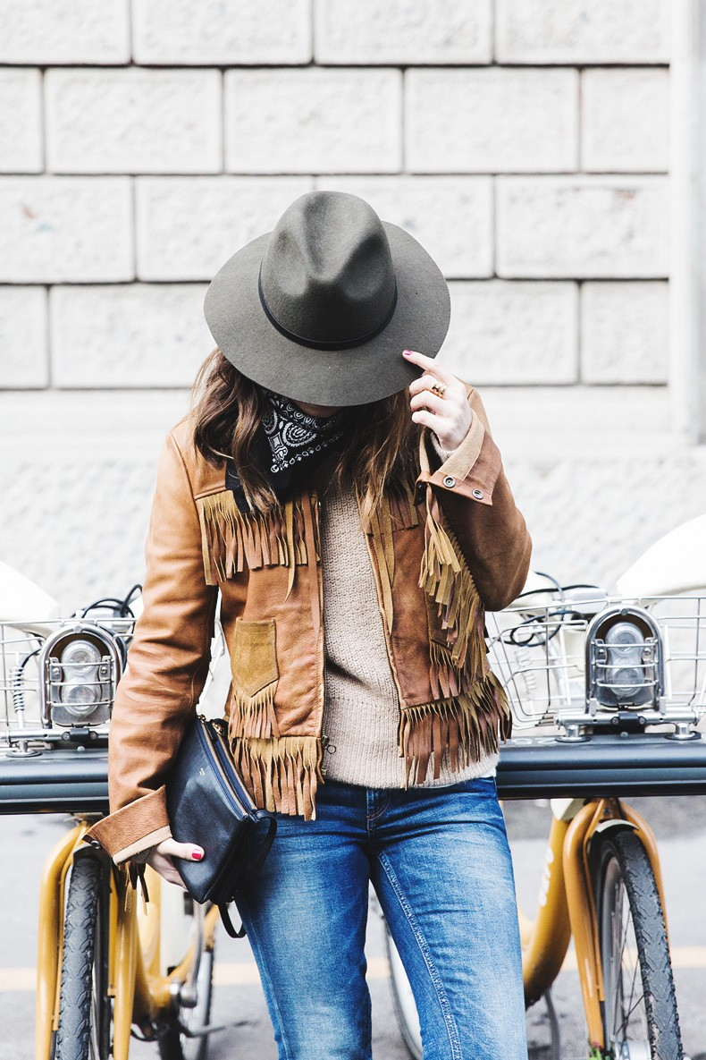 Fringe Fashion Trend: Sara Escudero is wearing a camel Ralph Lauren jacket