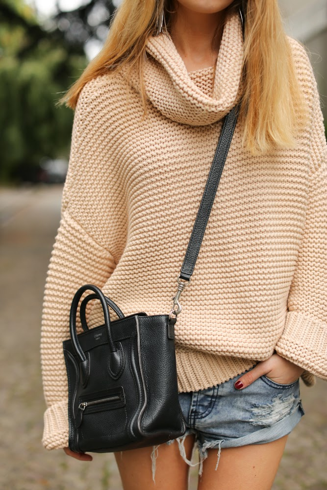 An oversized roll neck jumper from Zara worn by Caroline Louis