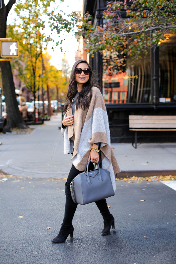 This gorgeous striped cape coat looks great worn with plain black jeans and boots. Try wearing a statement cape of your own with standard or block colour jeans to recreate this look. Via Kat Tanita. Cape: Ily Couture, Jeans: Paige Denim, Boots: Stuart Weitzman.