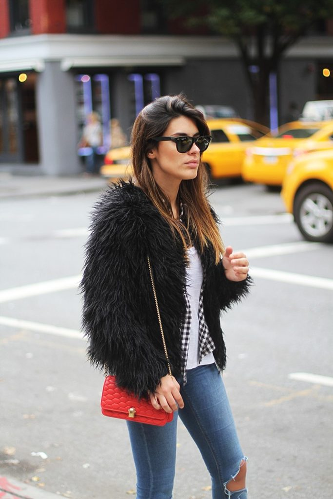 Aida Domenech in her black fluffy faux fur jacket from Vila