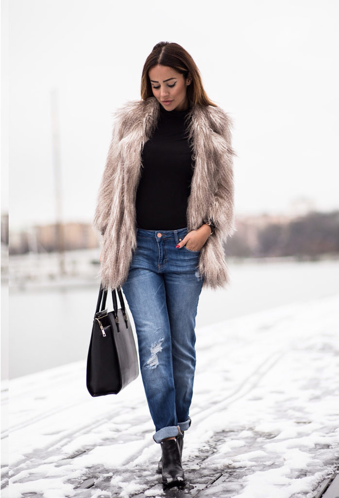 Sharareh Sophia Hosseini is wearing a womens fluffy coat from River Island