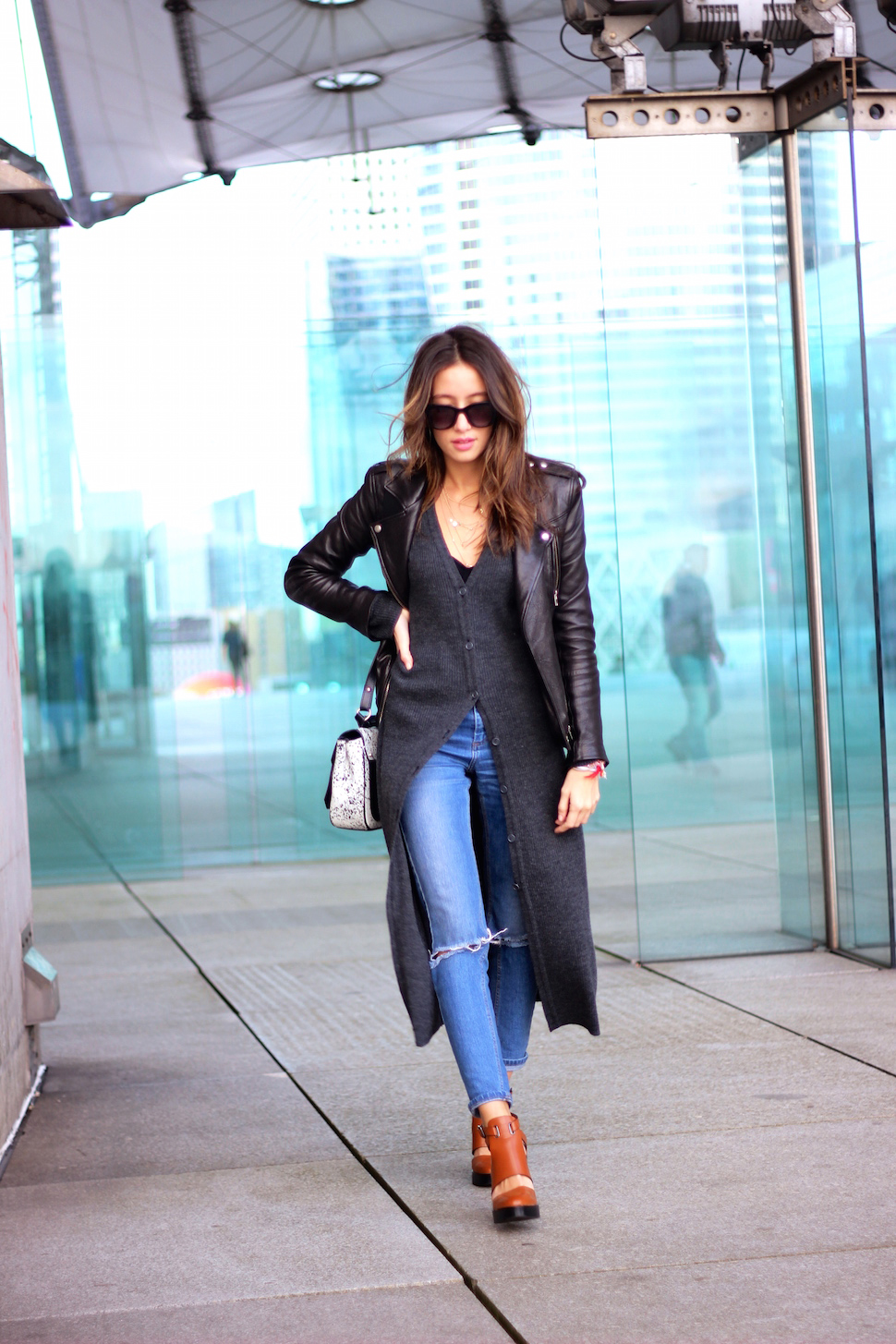 Long Cardigan Trend: Alexandra Guerain is wearing a long dark grey vintage cardigan