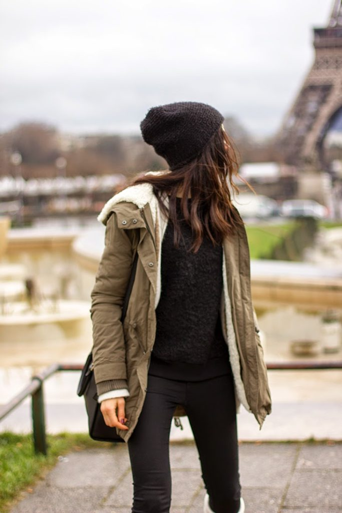 Rosalia Salas is wearing a khaki parka from Mango
