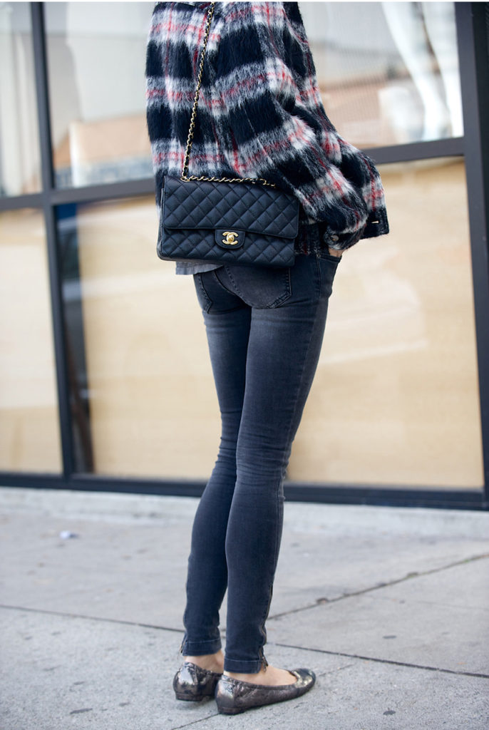 Plaid Trend: Anine Bing is wearing a blue, white and red plaid jacket from Vanessa Bruno Athe
