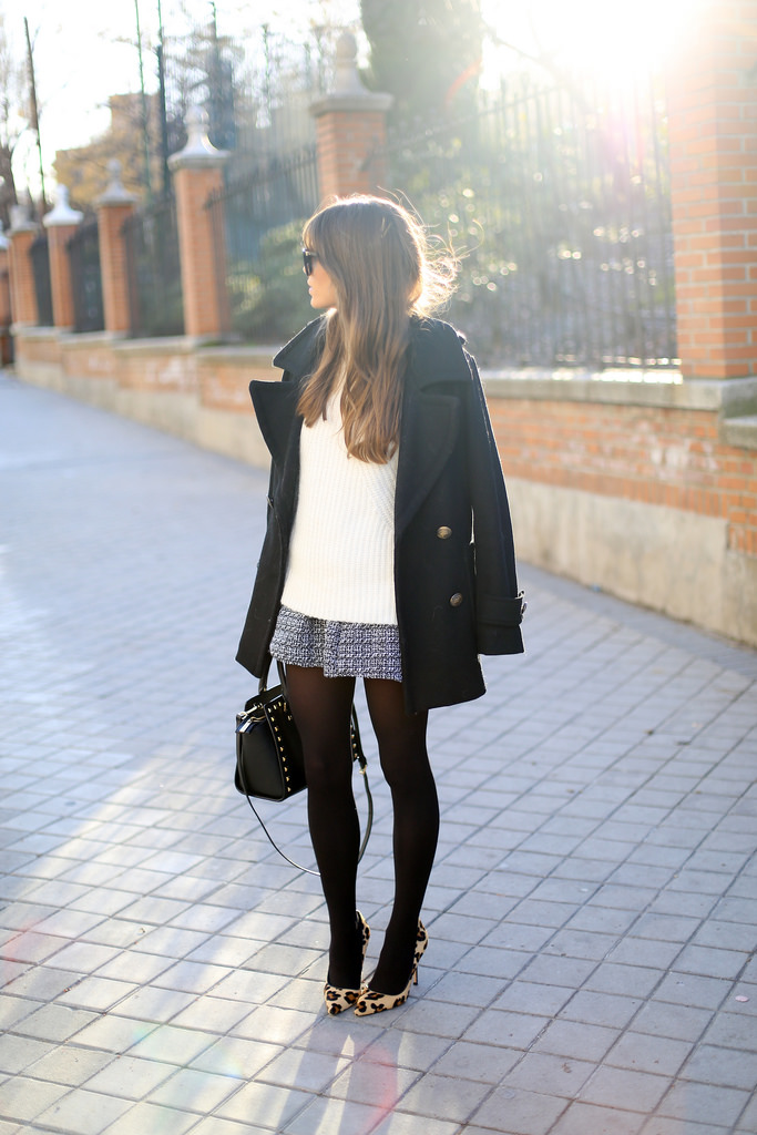 Jessie Chanes is goes preppy wearing a black coat and skirt from Choies, white sweater from Zara, shoes from Carolina Herrera and the bag is from Michael Kors
