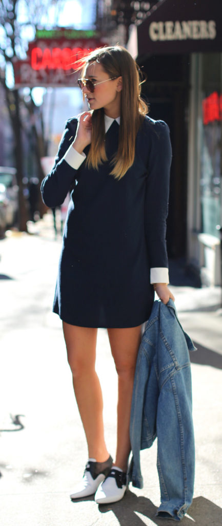 Danielle Bernstein is wearing a peppy dress with white collar from Reformation Dress, pointed flat shoes from ASOS and sunglasses from Prada