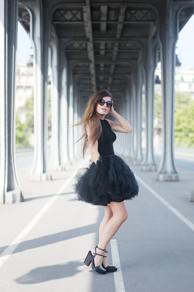 Audrey Leighton Rogers is wearing a black tank top from Tally Weijl, bad black tutu skirt, shoes from Zara and the sunglasses are from Zero UV