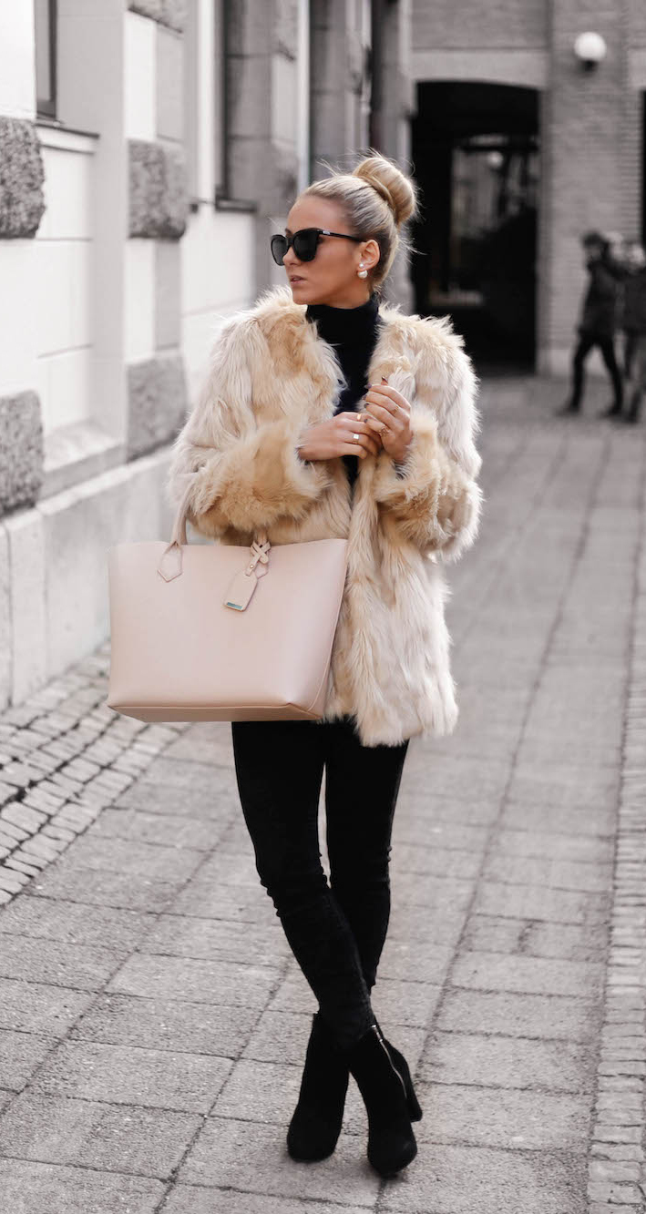 Faux Fur Coat Outfits: Sendi Skopljak is wearing a popularity faux fur coat from Chicy