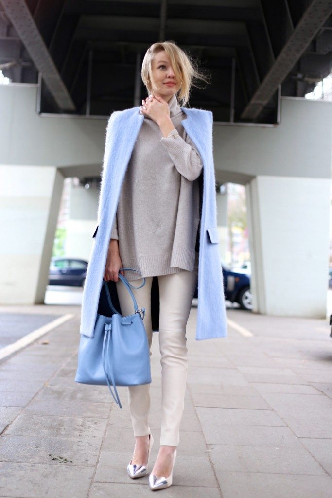 Pastel Outfit: Leonie Sophie is wearing a pastel blue bucket and vest from Lempi and Zara respectively