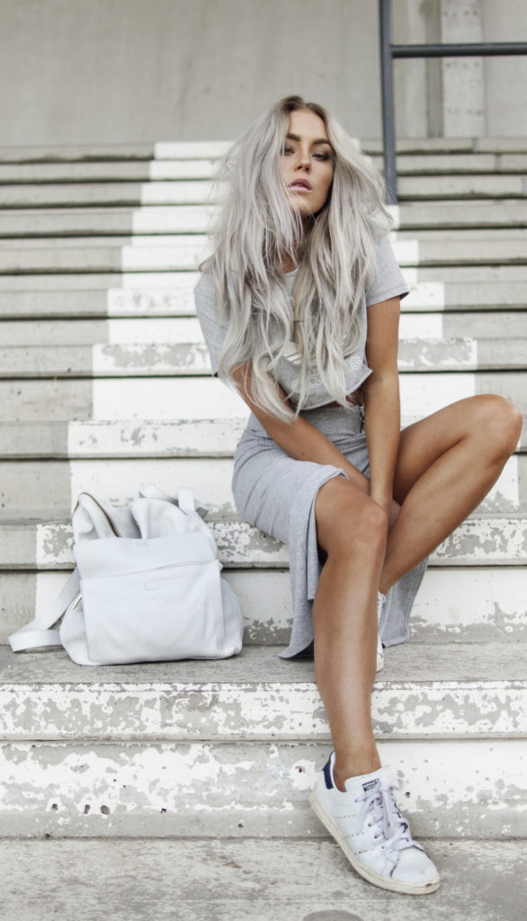 This grey outfit and matching hair… Via Angelica Blick  Skirt: Gina Tricot, Bag: Asos, Sneakers: Adidas, Top from Adidas