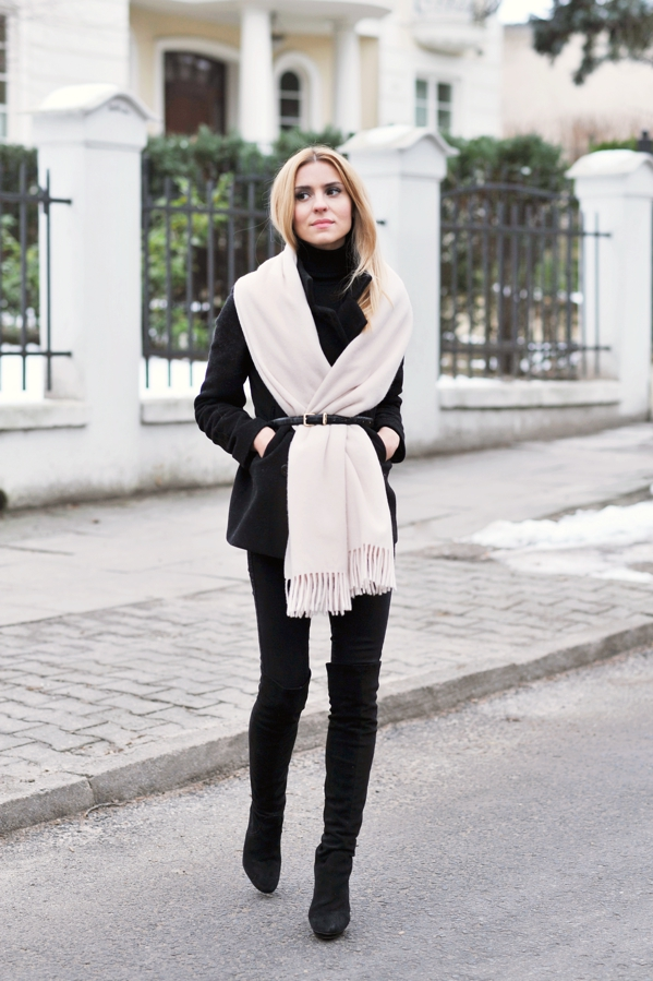 Belt Over Scarf Trend: Katarzyna Tusk is wearing a slim belt from Massimo Dutti over a scarf from Cubus. The over the knee boots are from Prima Moda