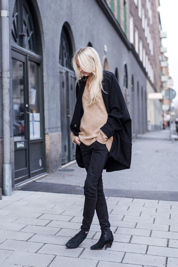 9c87a0ac4d2 Black And Camel Outfits - This Is How To Style The Look - Just The ...