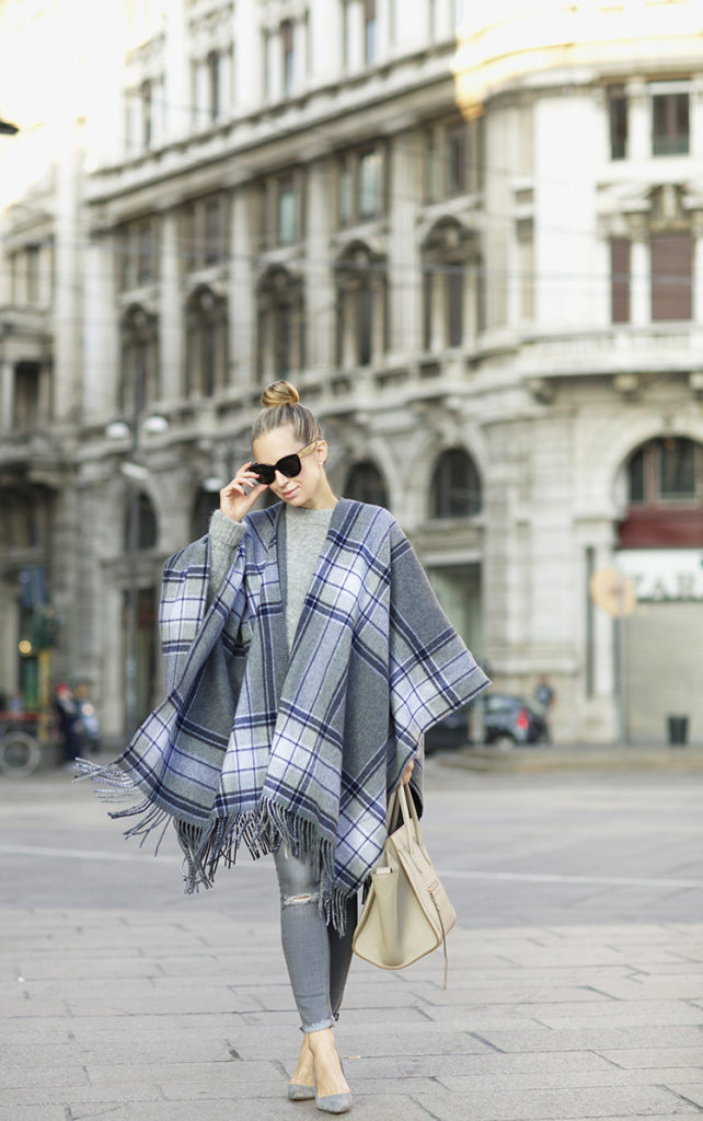 This tartan poncho looks totally cute with skinny grey jeans and heels. Via Helena Glazer.  Poncho: Theory, Sweater: H&M, Denim: H&M, Shoes: Manolo Blahnik.