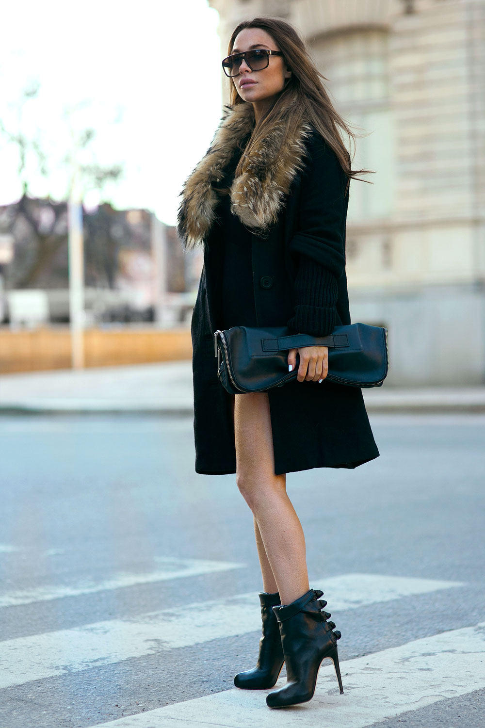 Winter Outfits And Ideas: Johanna Olsson is wearing ankle boots from Max Kibardin, black coat from Tara Jarmon and the bag is from 3.1 Philip Lim