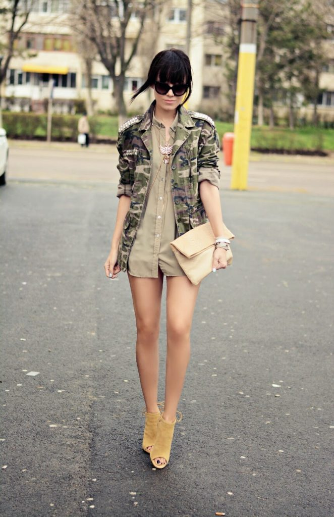 Military Inspired Outfit: J'adore Fashion is wearing a Glow Fashion military jacket with a khaki green shirt