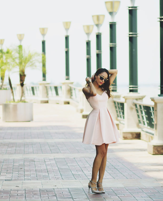 Blush Pink Trend: Virgit Canaz is wearing a blush pink dress from Girls On Film