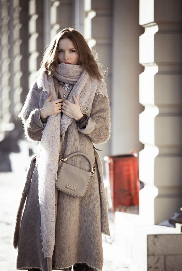 Tatyana from Tini Tani is wearing a maxi coat from Martin Margiela