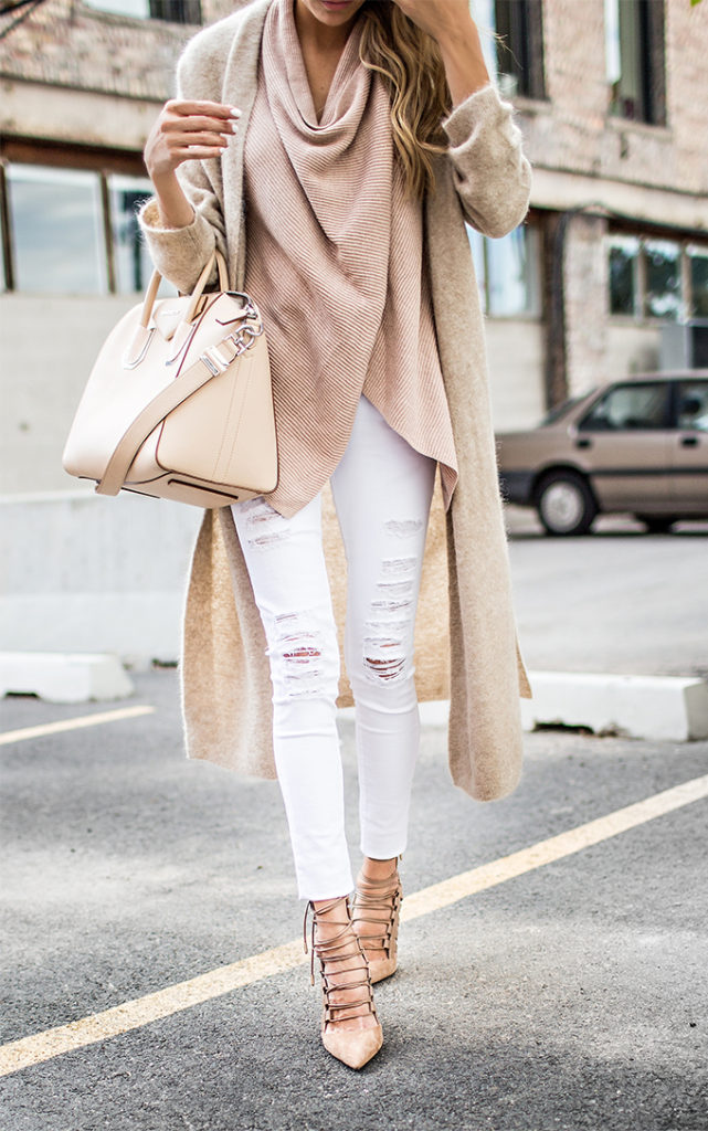 Christine Andrew shows us exactly how neutral colours should be worn with this white skinny jeans and blush knit sweater combination.   Sweater/Jeans/Shoes: Sak's Fifth Avenue.