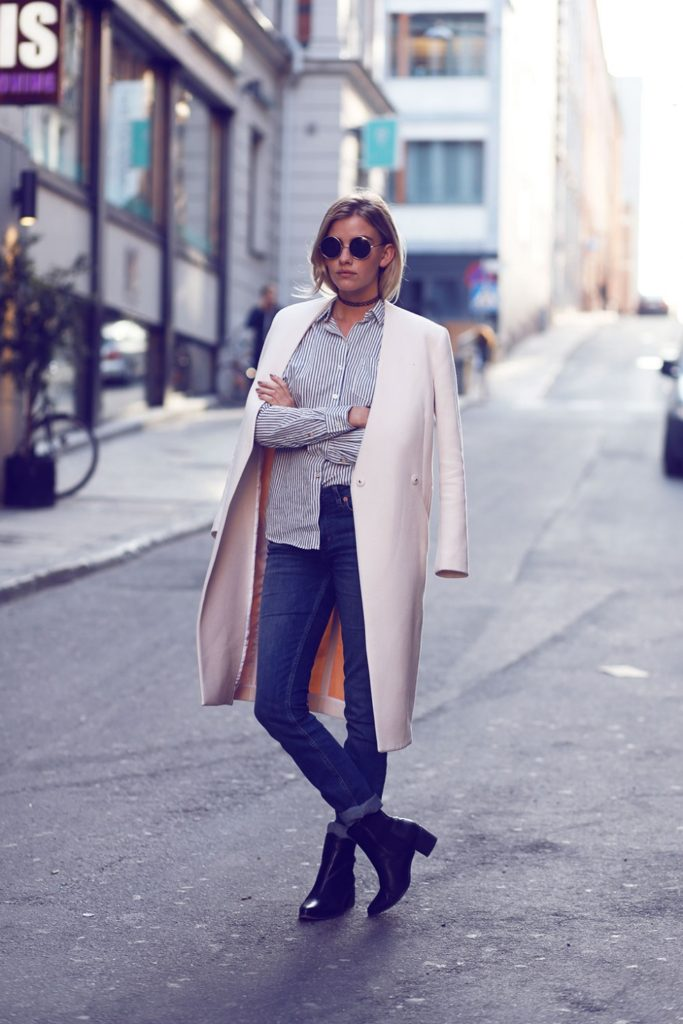 Striped Outfit: Elsa Ekman is wearing a Lindex white and navy shirt