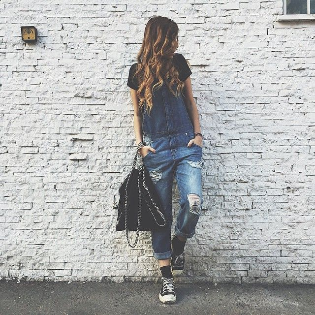 Instagram Fashion 2015: Giada Albani is wearing a pair of denim dungarees with a pair of black sneakers
