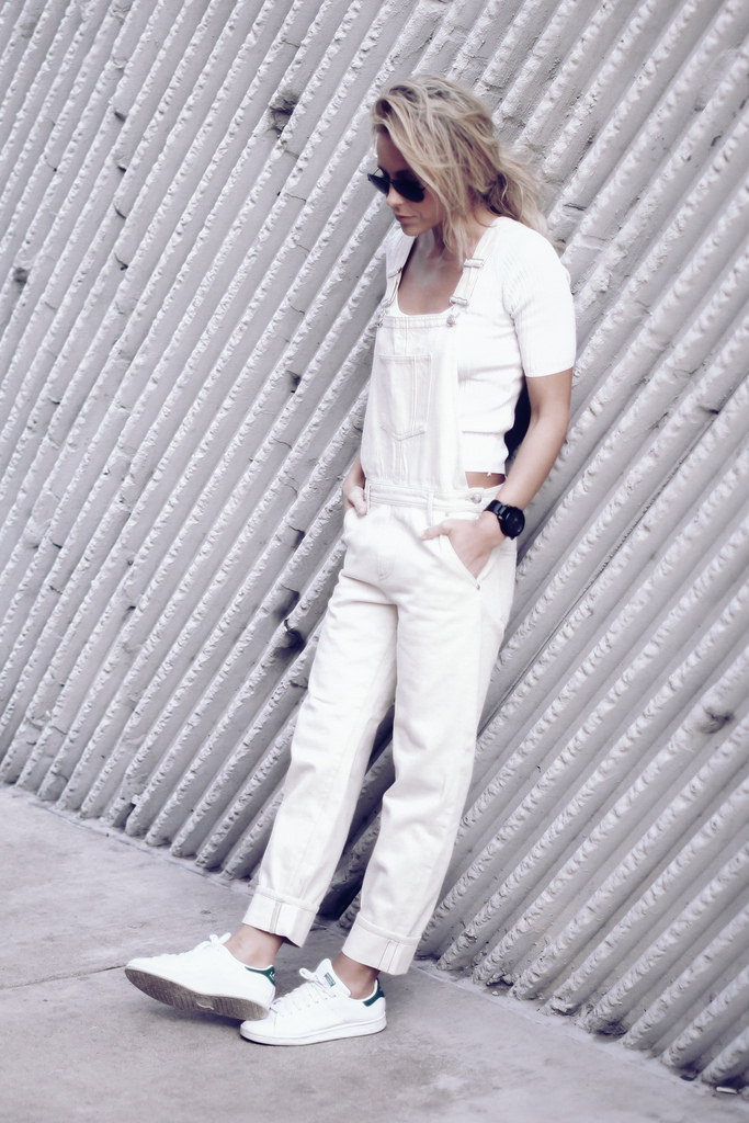 Casual All White Outfits: Mary is wearing a dungarees and a plain tee from Topshop with Adidas Stan Smith sneakers