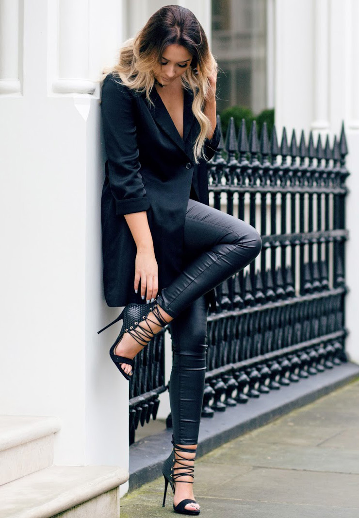 In leather leggings and an oversized blazer, Sarah Ashcroft is bringing a new kind of sex appeal to the all black trend! Punky stilettos such as this Simmi pair are the perfect finish to the look. Blazer/Choker: H&M, Heels: Simmi, Trousers: Missguided.