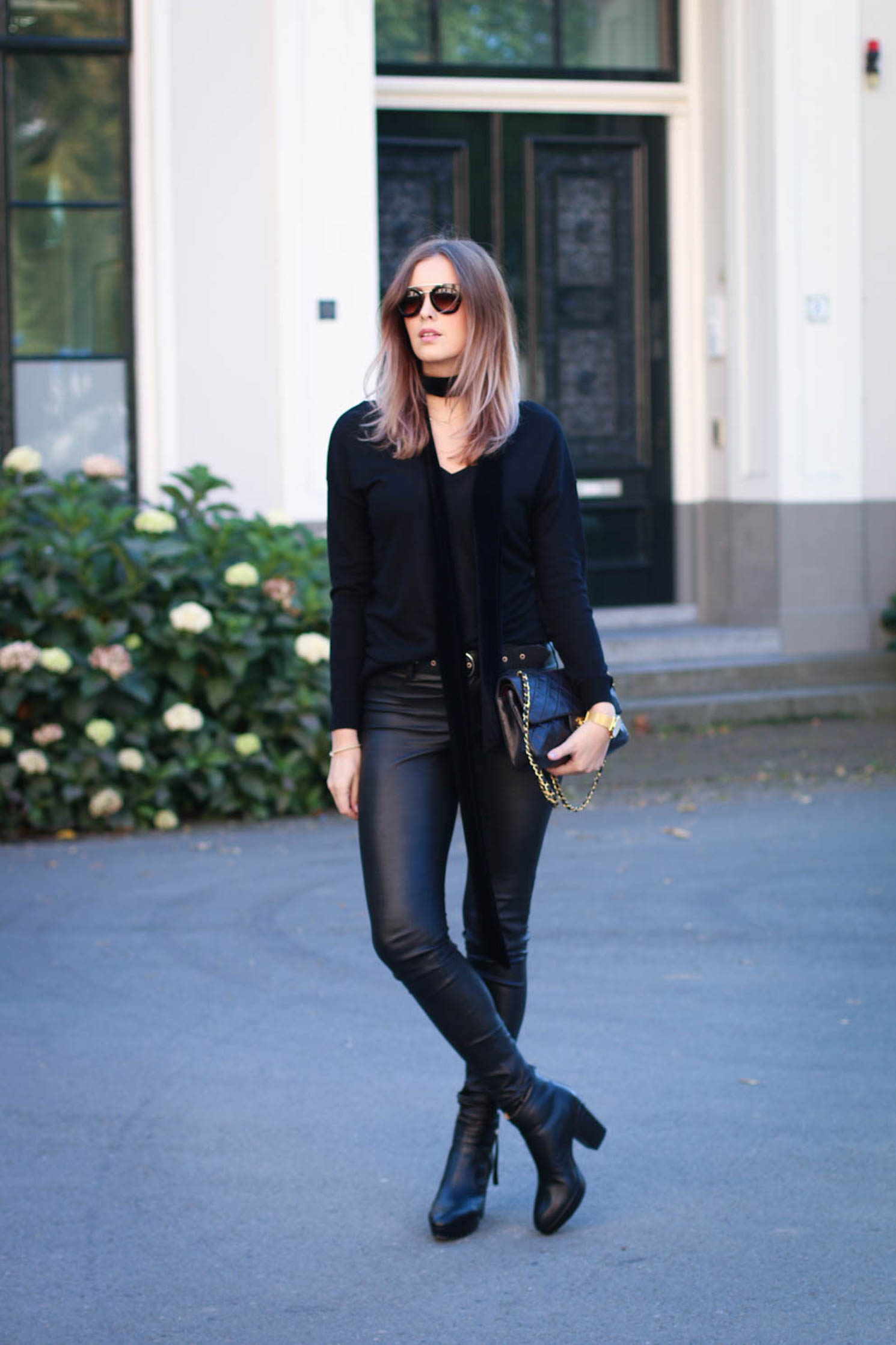 Roos-Anne van Dorsten exudes an air of mystery in this all black outfit. Top: Zara, Trousers: Set Fashion