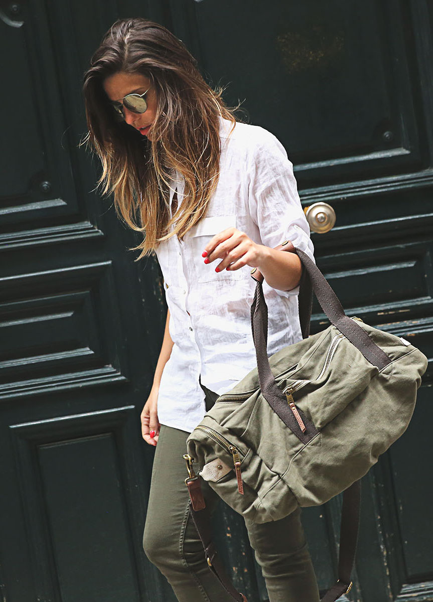 Taking the military style to the next level. Military green is still going strong. Via Natalia Cabezas Shirt/Trousers: Zara, Bag: Steve Madden