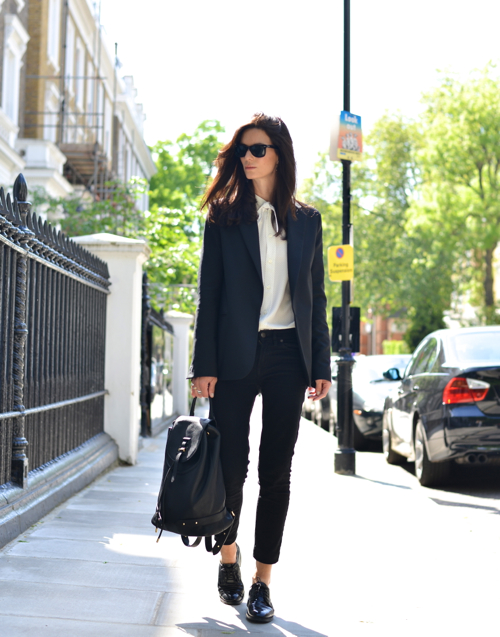Skinny jeans and Oxfords is a combination that works. Add a blazer and white shirt and you have pure style. Via Hedvig Opshaug Jeans: J. Crew, Silk Shirt: Saint Laurent: Oxfords: Tod's, Blazer: Acne