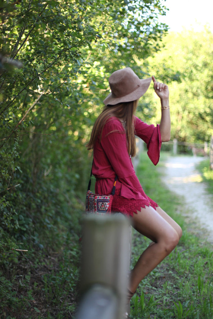 A velvet lace jumpsuit, suede hat and a patterned side bag all create a perfect boho chic outfit ready for spring. Via Silvia Garcia Jumpsuit: Pull & Bear, Hat: Stradivarius, Bag: Londali