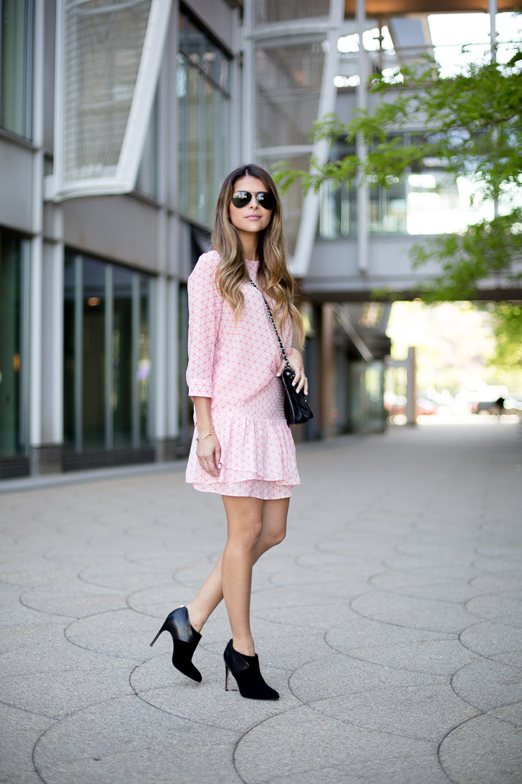 Pink and white two piece set. Via Pam Hetlinger Top/Skirt: BB Dakota, Boots: Sam Edelman