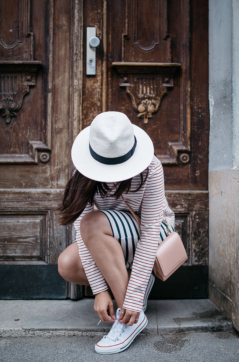 To create a summer look, wear your white converse with a striped top and skirt. Via Maddie From Daria Daria Top/Skirt: People Tree, Bag: Freedom of Animals, Hat: Nagy Hats, Sneakers: Converse