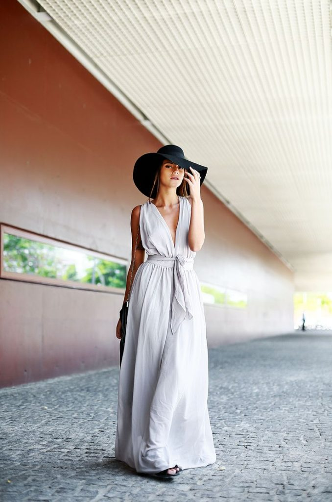 Cheap, light, elegant and summery. A simple light grey maxi dress. Via Barbara Ines  Dress: Sheinside, Hat/Bag: H&M. Maxi Dress Summer Outfit