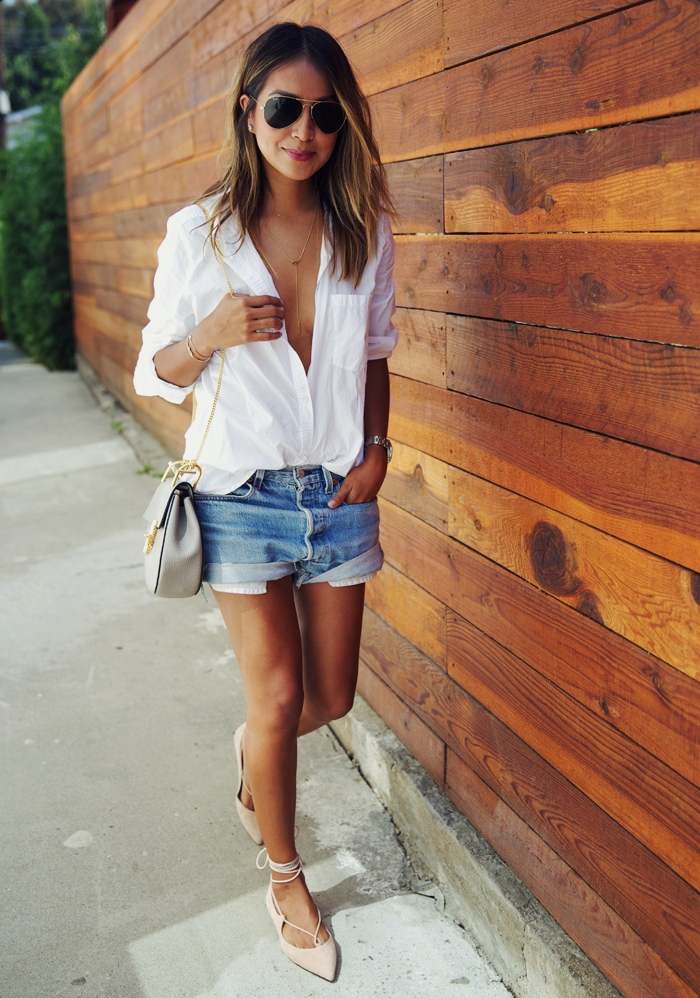 Cute and summery outfit. Via Julie Sarinana Shoes: MGEMI, Top: American Eagle, Shorts: Levis, Bag: Chloe