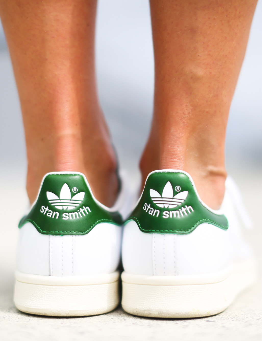 This is definitely the sneakers of this Summer. Adidas Stan Smith. Via Izortze Setien