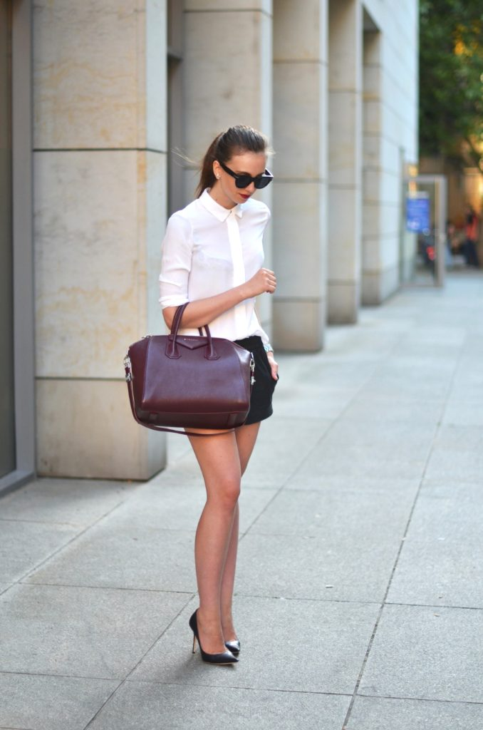 Cute Casual Summer Outfits: A simply, but yet, very cute summer outfit: Via Barbora Ondrackova  Shirt: Choies, Shorts: Zara, Shoes: Jimmy Choo, Bag: Givenchy, Sunglasses: Celine
