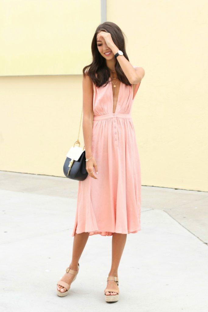 Is this cute and casual summer outfit as good as it gets? Via Felicia Akerstrom  Dress: Reformation, Shoes: Steve Madden, Bag: Chloé