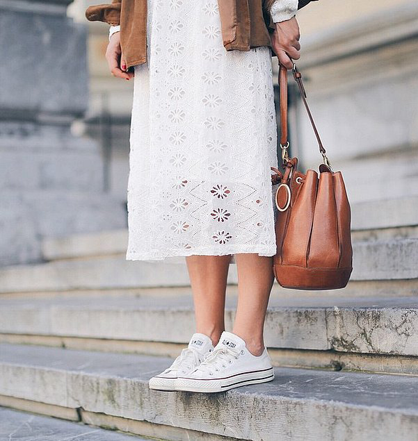 outfit ideas with white converse that everybody should